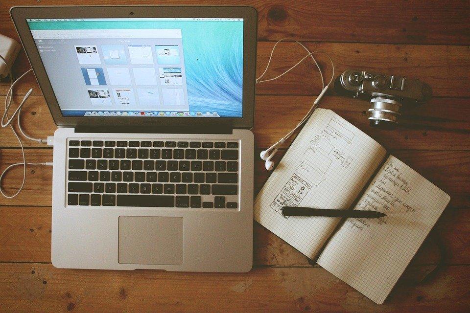 Hjemmekontor, Arbeidsstasjon, Macbook Air, Bærbare