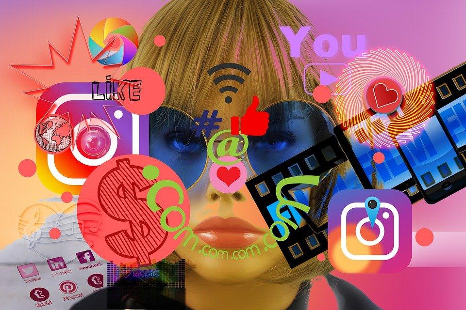 Influencer, Girl, Marketing, Display Dummy, Internet