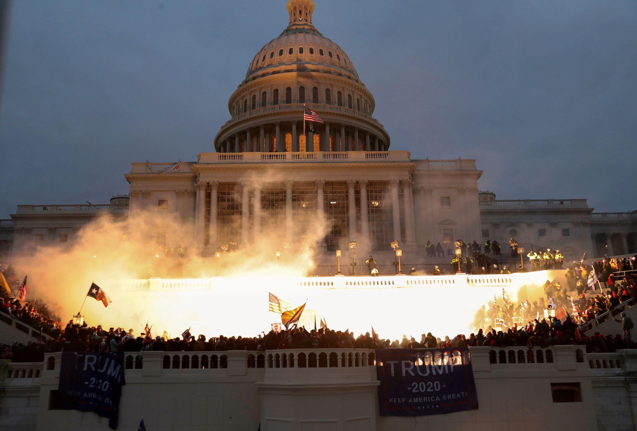 Kongressen i USA har blitt angrepet mange ganger. Verst gikk det da britene  kom til byen.